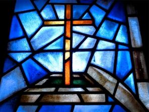 Luarca (Spanien); Atlantik – Golf von Biscaya Kirchenfenster Dessau (Dtl., Sachsen-Anhalt ©noten-apitz.de; Bildquelle: Musikverlag Apitz