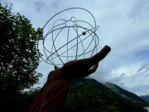 Skulptur bei Partisau Achensee oberhalb v. Westufer Tirol Österreich Karwendelgebirge ©noten-apitz.de; Bildquelle: Musikverlag Apitz