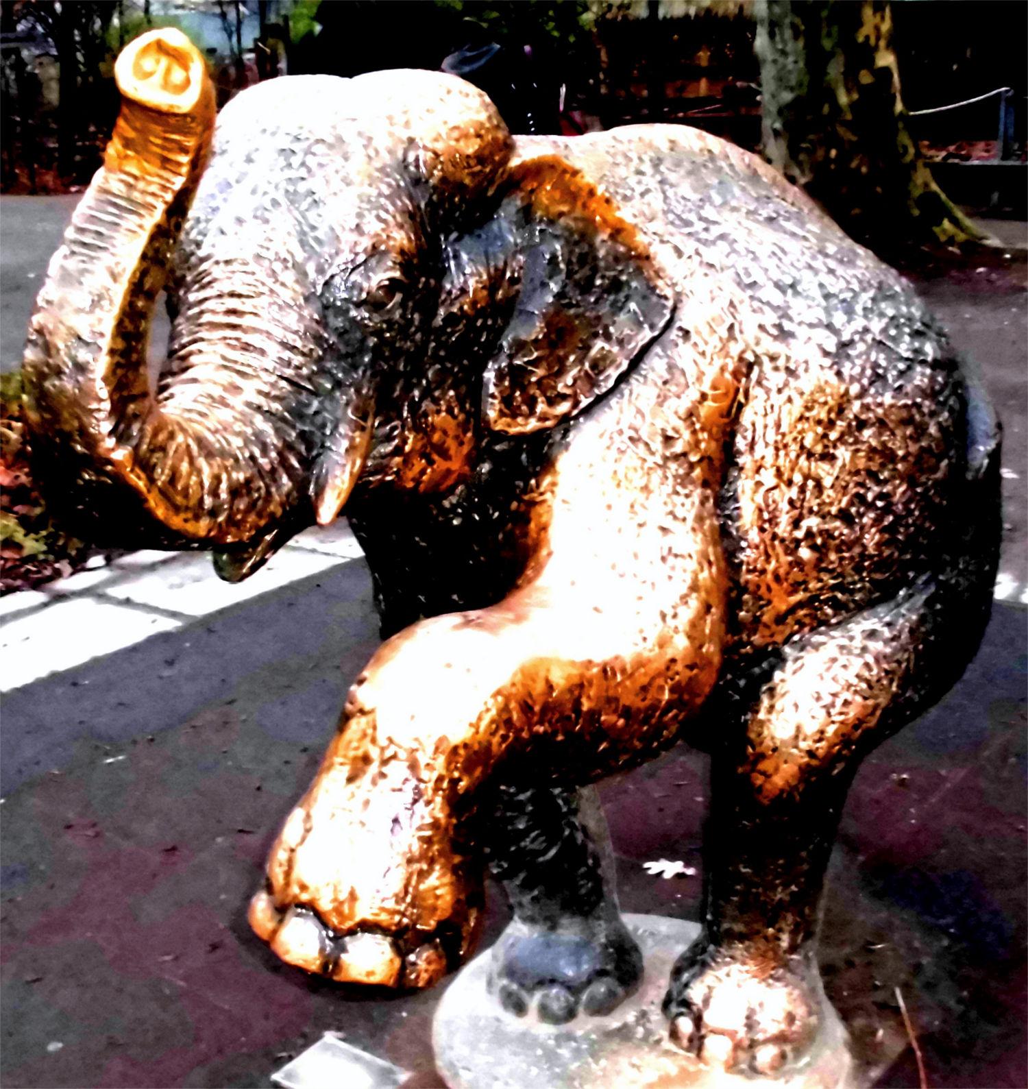 Elefant Bronzefigur, Zoo Leipzig, Sachsen ©noten-apitz.de; Bildquelle: Bildquelle: Musikverlag Apitz
